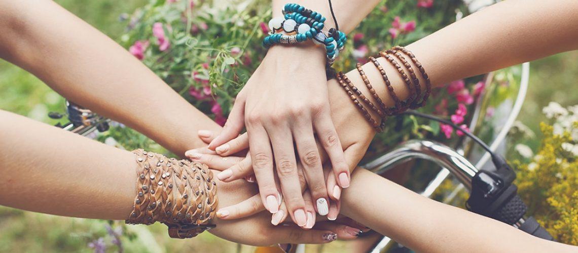 insieme-mani